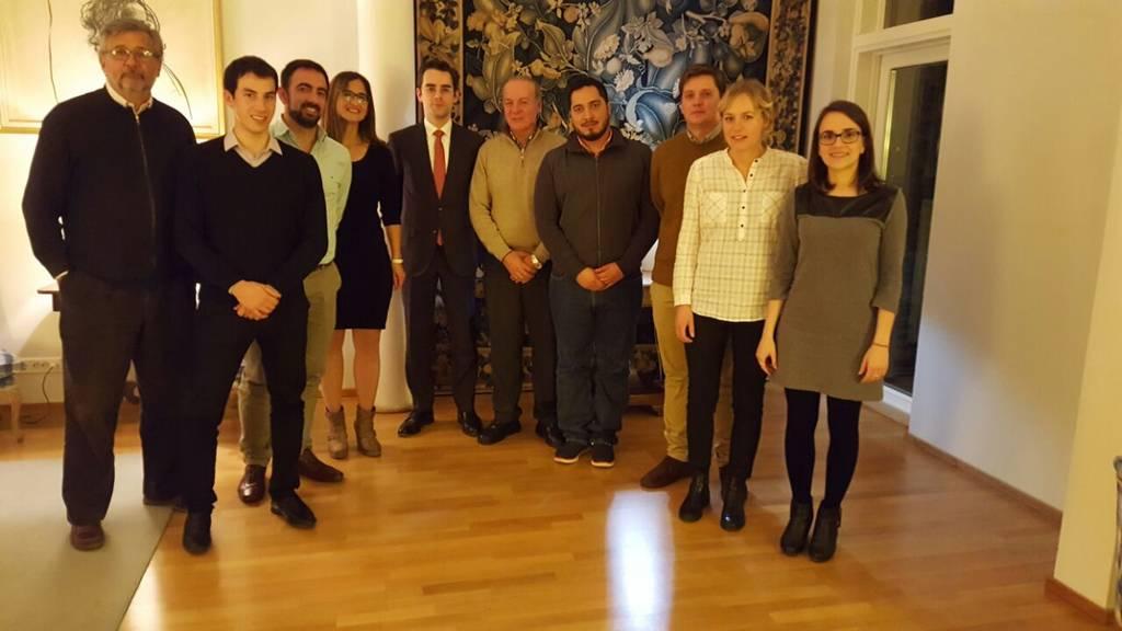 El intendente Zorzon junto al Embajador en Finlandia